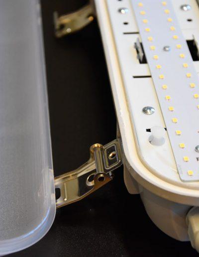 UNI LED svetilka