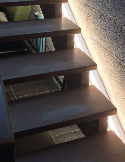 LED osvetlitev stopnic
